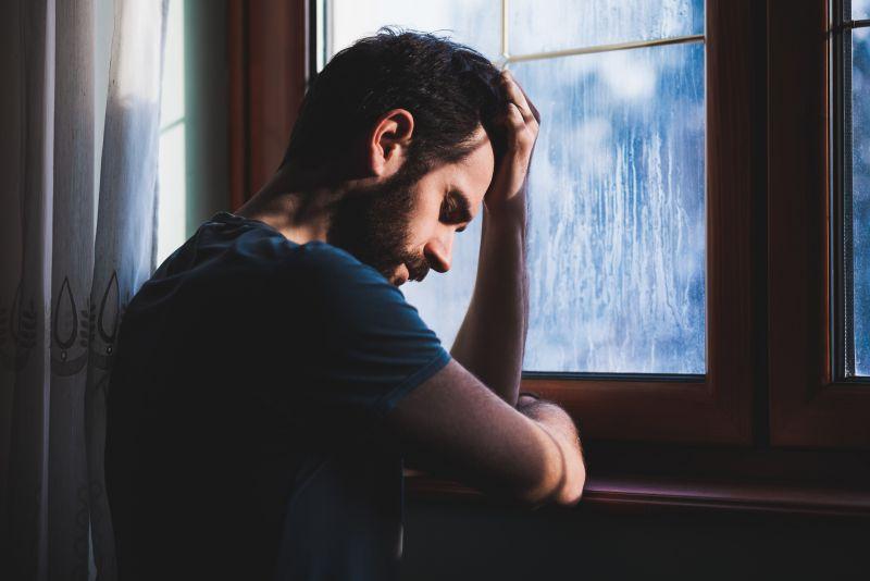 Quand la détresse psychologique mène à l'arrestation