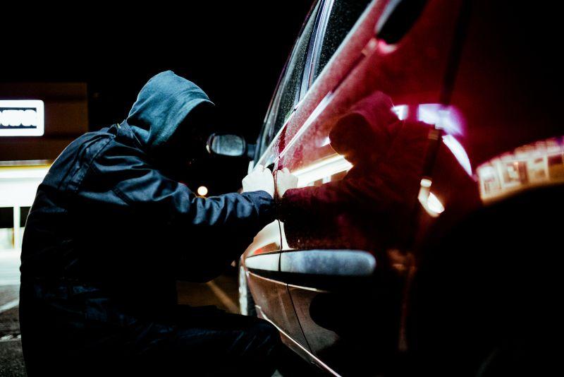 Crimes et infractions : Le vol et le recel